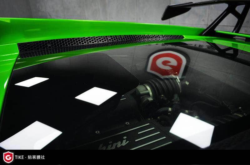 如何在汽车贴膜施工的时候避免出现气泡呢?
